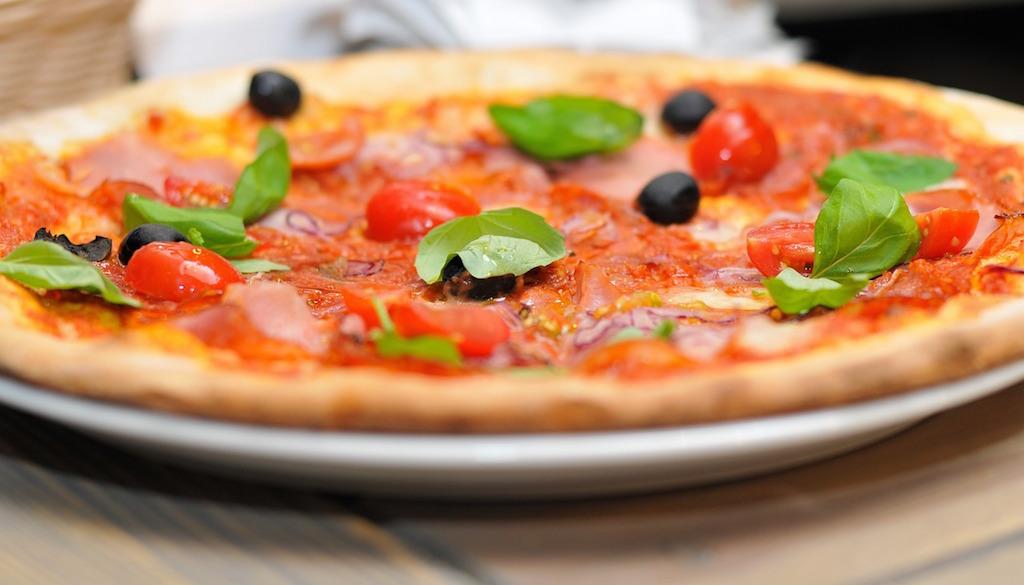 pizza-711670_1024